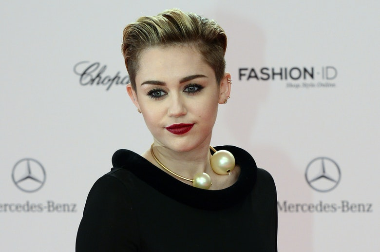 Miley Cyrus Hd photos,wallpaper,style qualty wallpaper