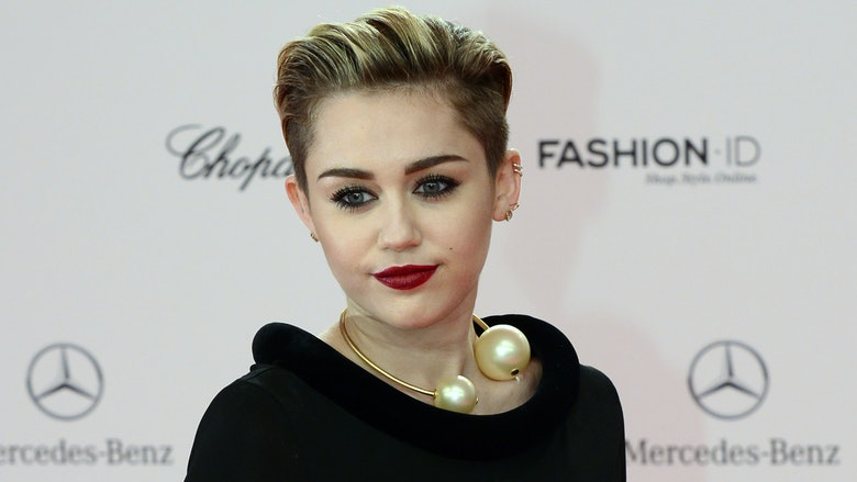Miley Cyrus HD free wallpaper,stars and gallery,new photos free wallpaper