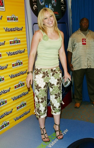 15 Fashion Trends From The Early 2000s That Today's Kids ...