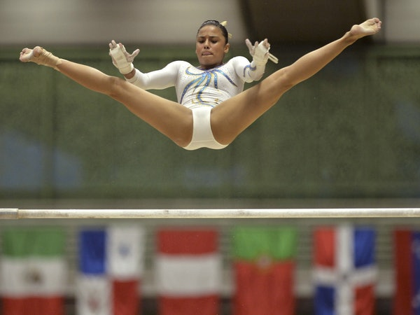 8 Videos That Prove Gymnasts Are The Most Hardcore
