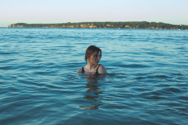 Does Ocean Water Dry Out Your Hair The Answer May