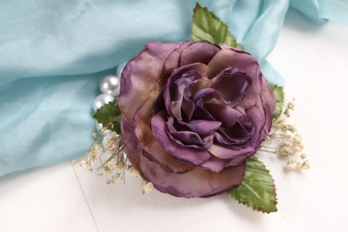 How To Make An Easy DIY Prom Corsage So You Can Save The ...