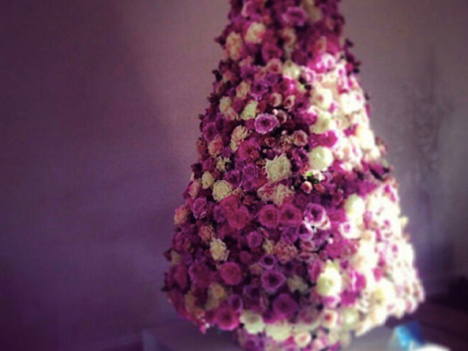 Christmas Tree Flower Power : These floral christmas trees will help you get your flower