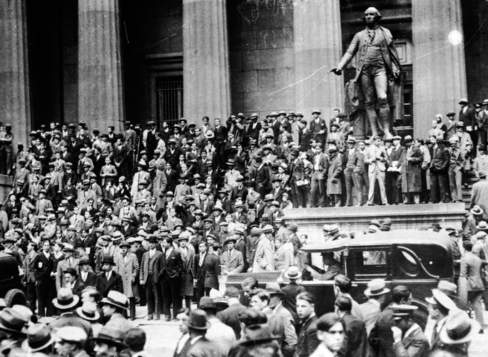 a history of black thursday the day that small crash occurred at the new york stock exchange Black tuesday october 29th 1929 revisited richard lancaster october 29 i do realize that i have presented here far more evidence for the unofficial history of the crash of '29 and subsequent great vice-president of the new york stock exchange and floor broker of jp morgan.