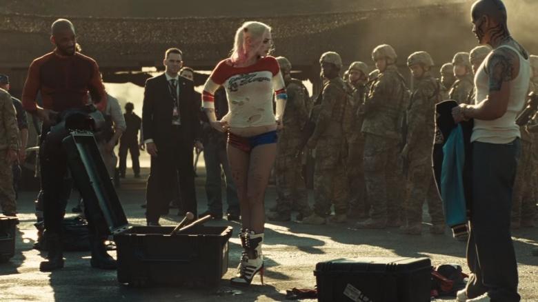 Suicide Squad (2016) Fb0292c0-e7d5-0133-f16b-0aacbc4f5d01
