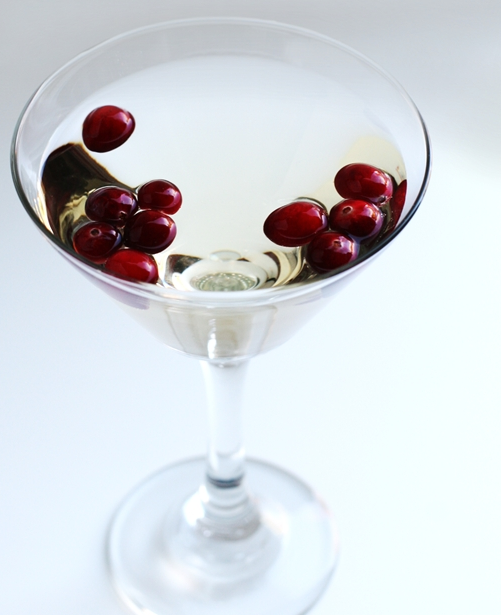 Delicious Champagne Cocktails to Celebrate a Sparkling Spring ...