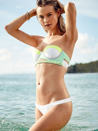 With PacSun's swimwear brands, you'll find everything you need for your next vacation getaway, pool party, or trip to the beach. Our favorites include Billabong, Kirra, TWIIN, Rhythm, and, of course, our very own LA Hearts.