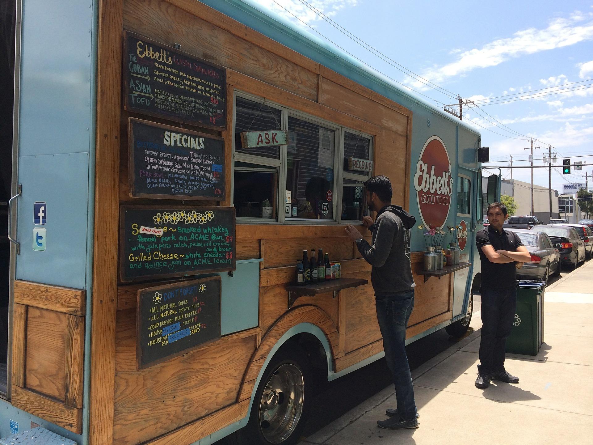 FBAfEEDDJpg   Food Trucks