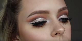 7 glitter cut crease makeup tutorials that will inspire