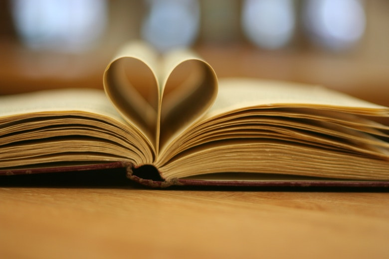 9 Books That Will Make You Fall in Love With Reading All Over Again