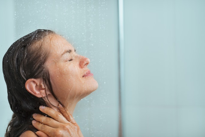 how to keep your hair from getting oily