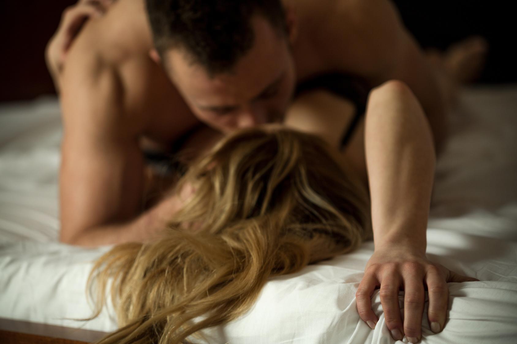 Black naked women licking ass videos
