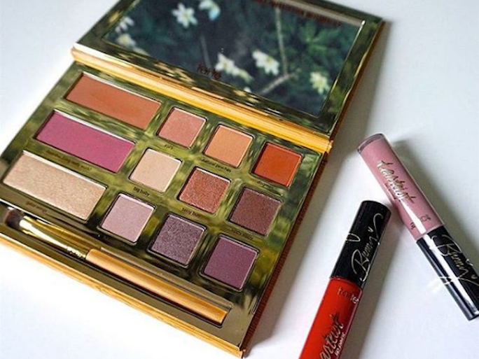 will the tarte x grav3yardgirl swamp queen palette be restocked it 39 s time to get excited bustle. Black Bedroom Furniture Sets. Home Design Ideas