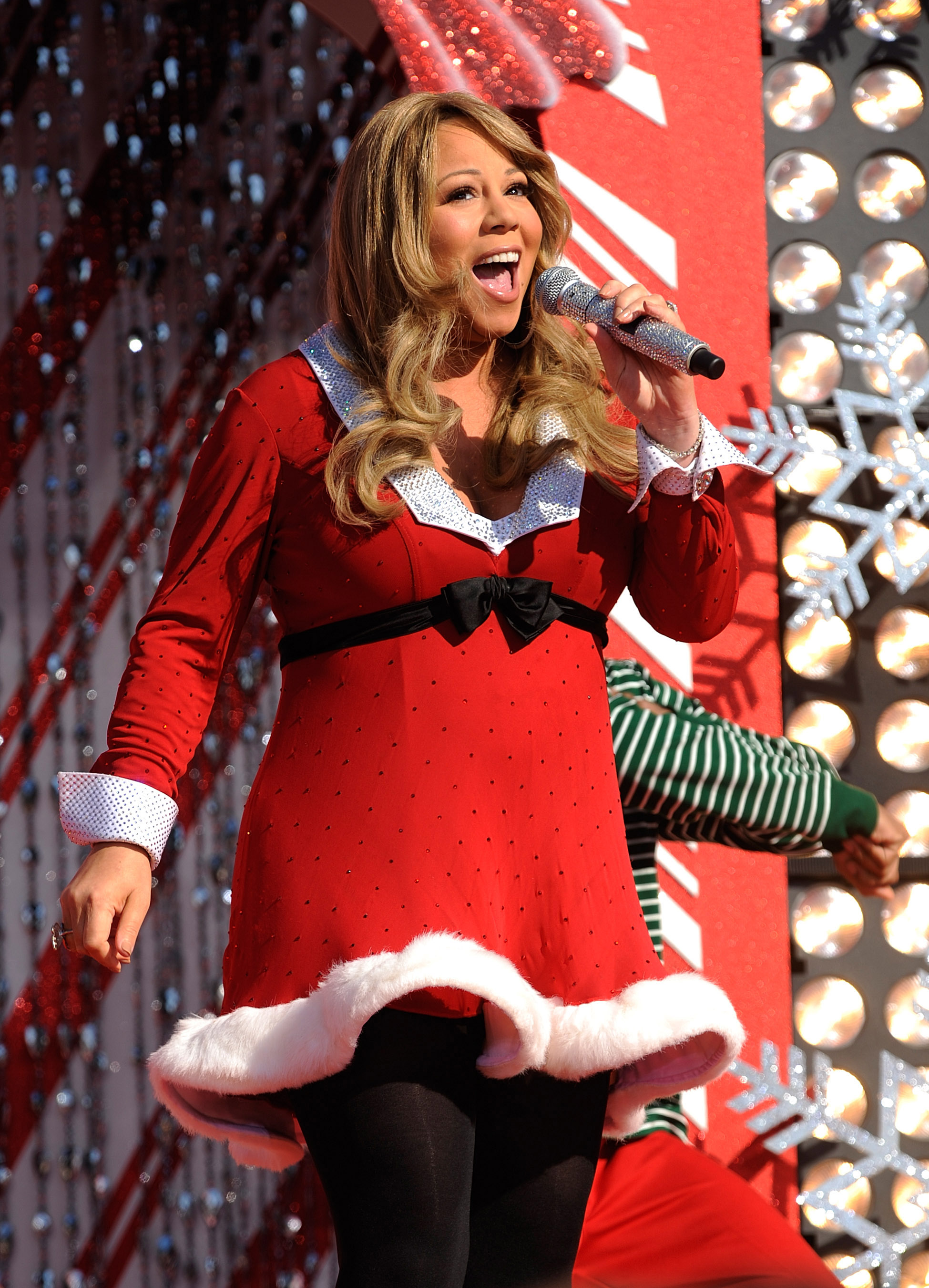24 stages of hearing mariah careys all i want for christmas is you on repeat every holiday season - What Does My Wife Want For Christmas