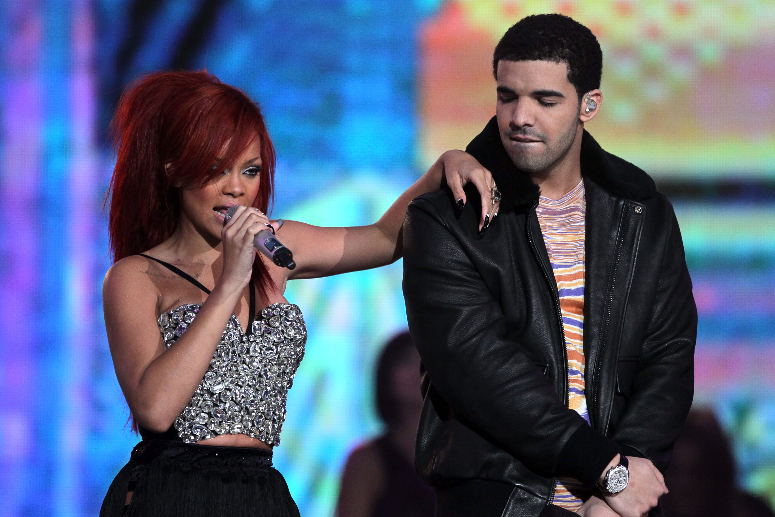 er drake dating rihanna 2013