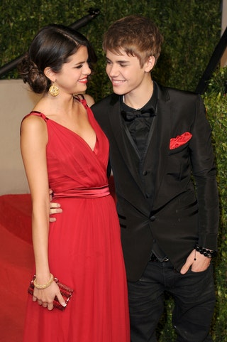 when did selena and justin meet