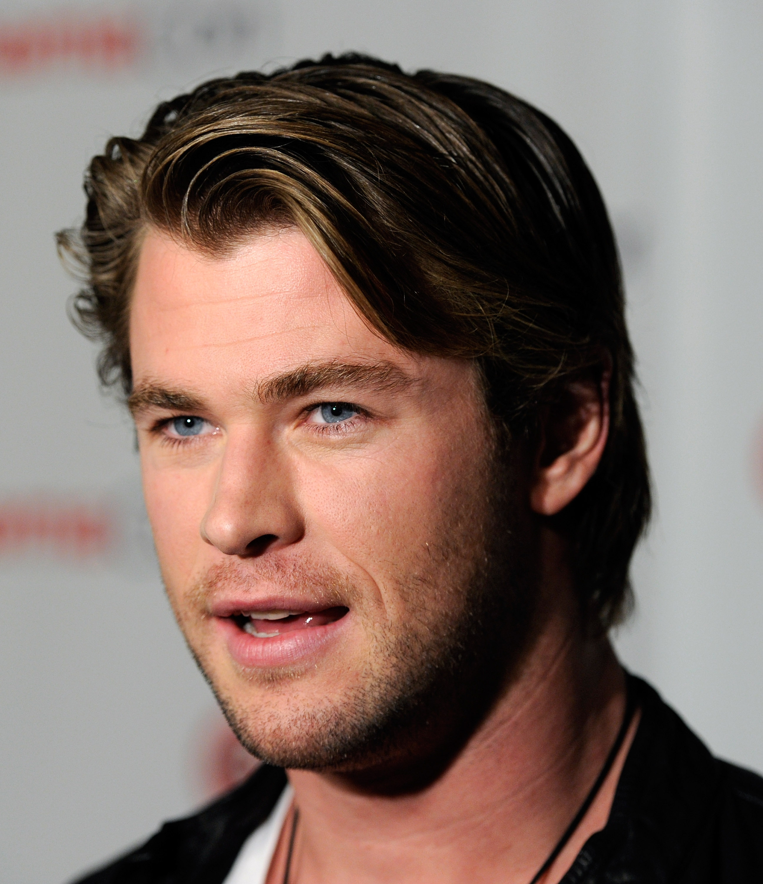 'Thor: The Dark World' Star Chris Hemsworth's 17 Best Hair