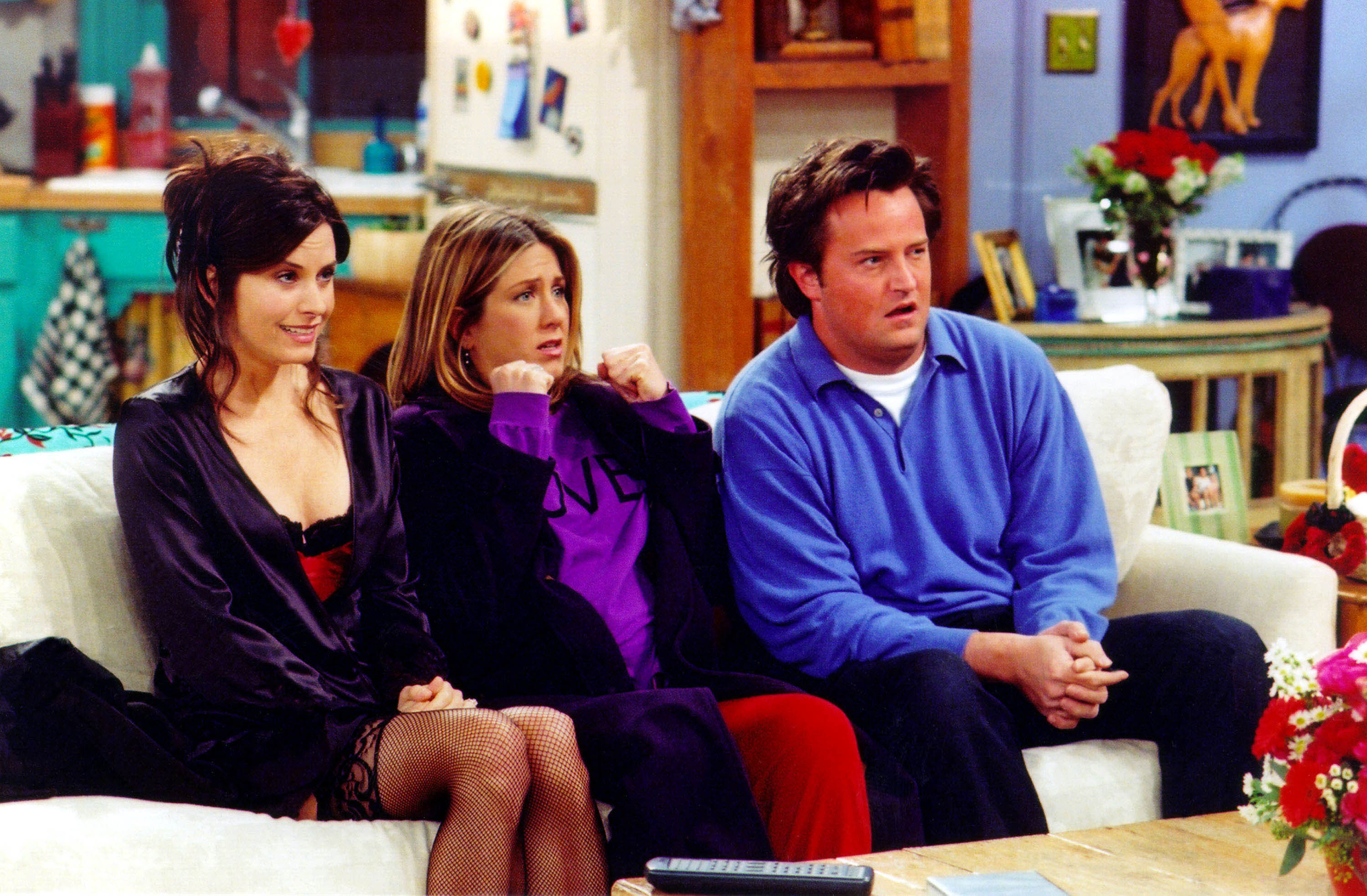 The 16 Most Outdated Outfits On  Friends  Will Make You Thankful It s Not  1995 — PHOTOS 9502fb030f