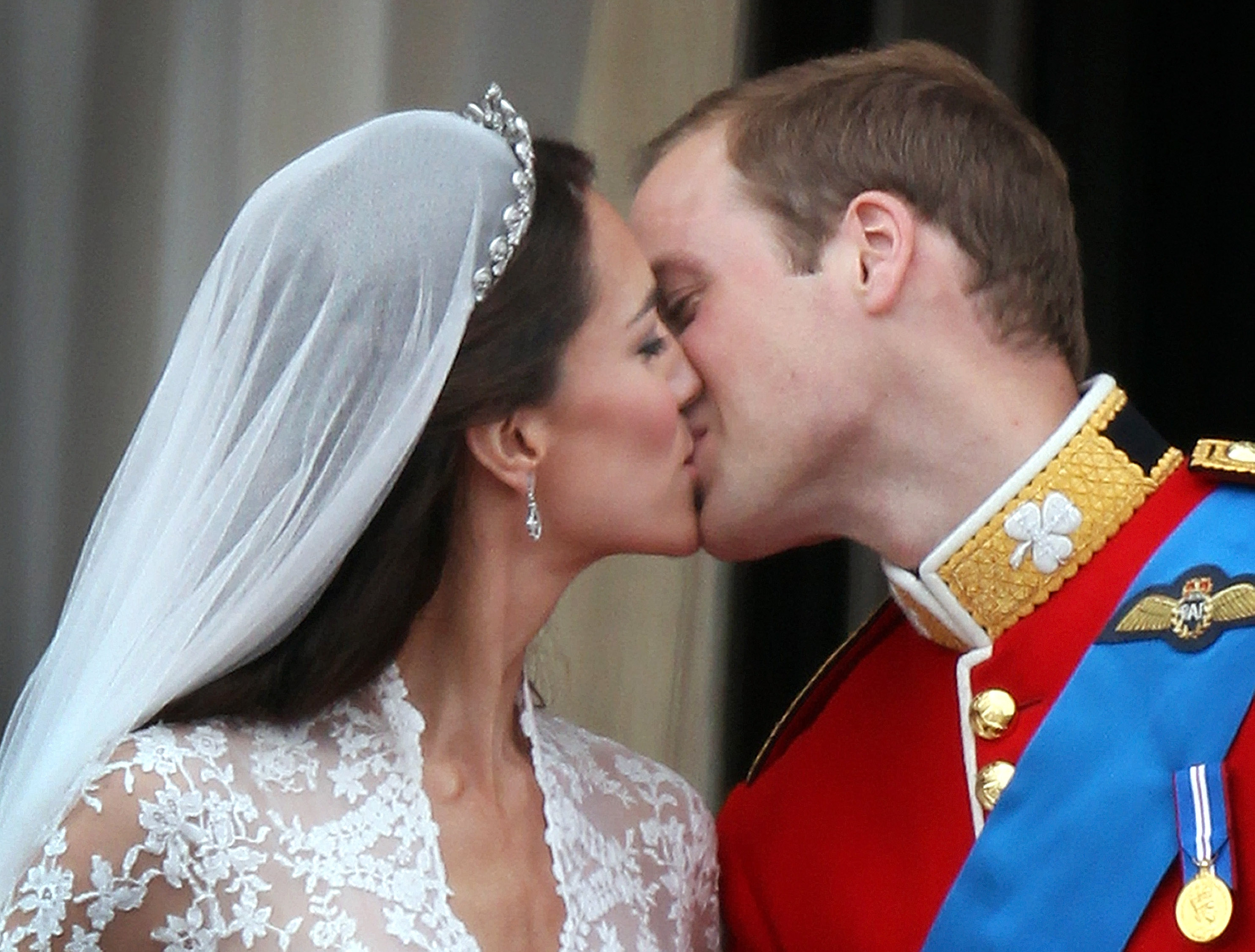 9 Kate Middleton Prince William Royal Wedding Moments That You