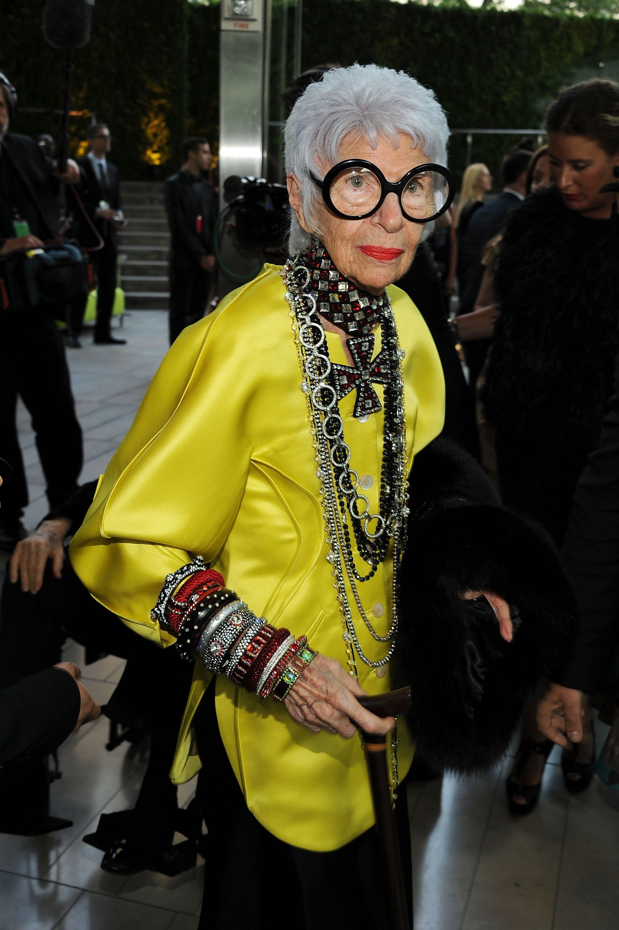 Why Women Over 60 Are Becoming Hip Style Icons Move Over Fashion Bloggers