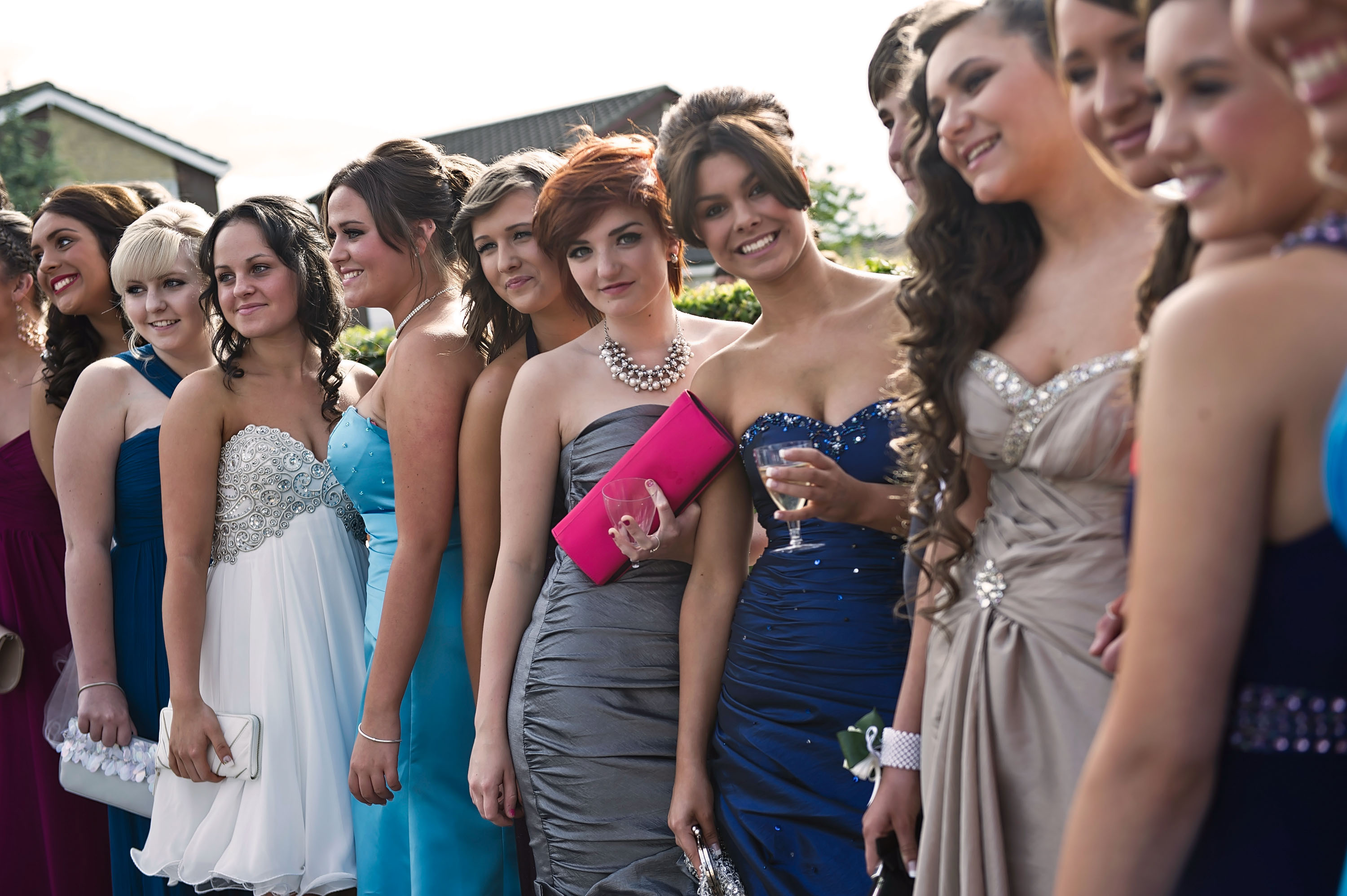 Going To Prom Alone 7 Reasons Why Not Having A Date Is The Best Decision You Ll Ever Make