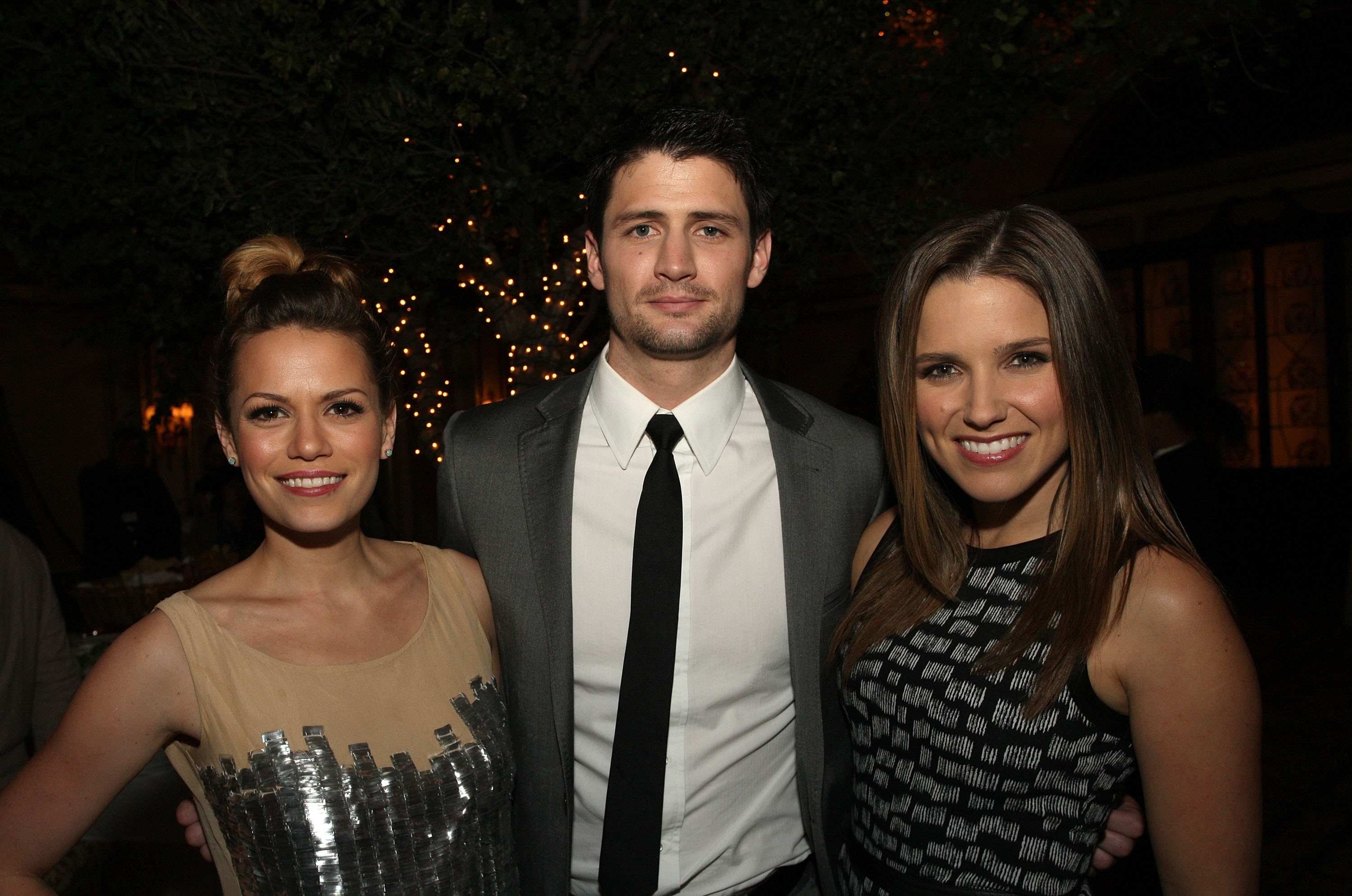 Friends reunited dating oth