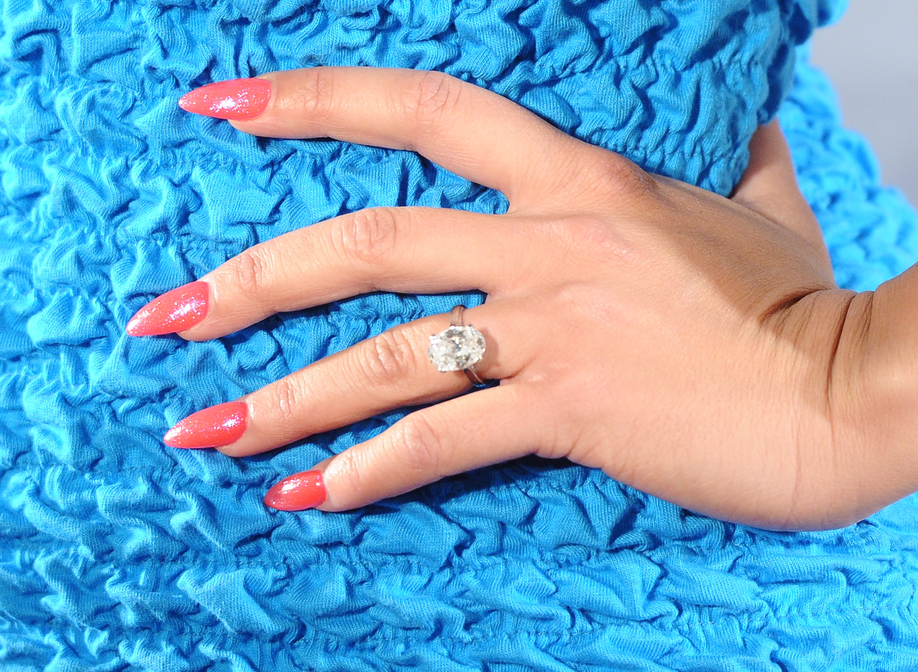 What Are Stiletto Nails? A Complete Guide To Having Claws