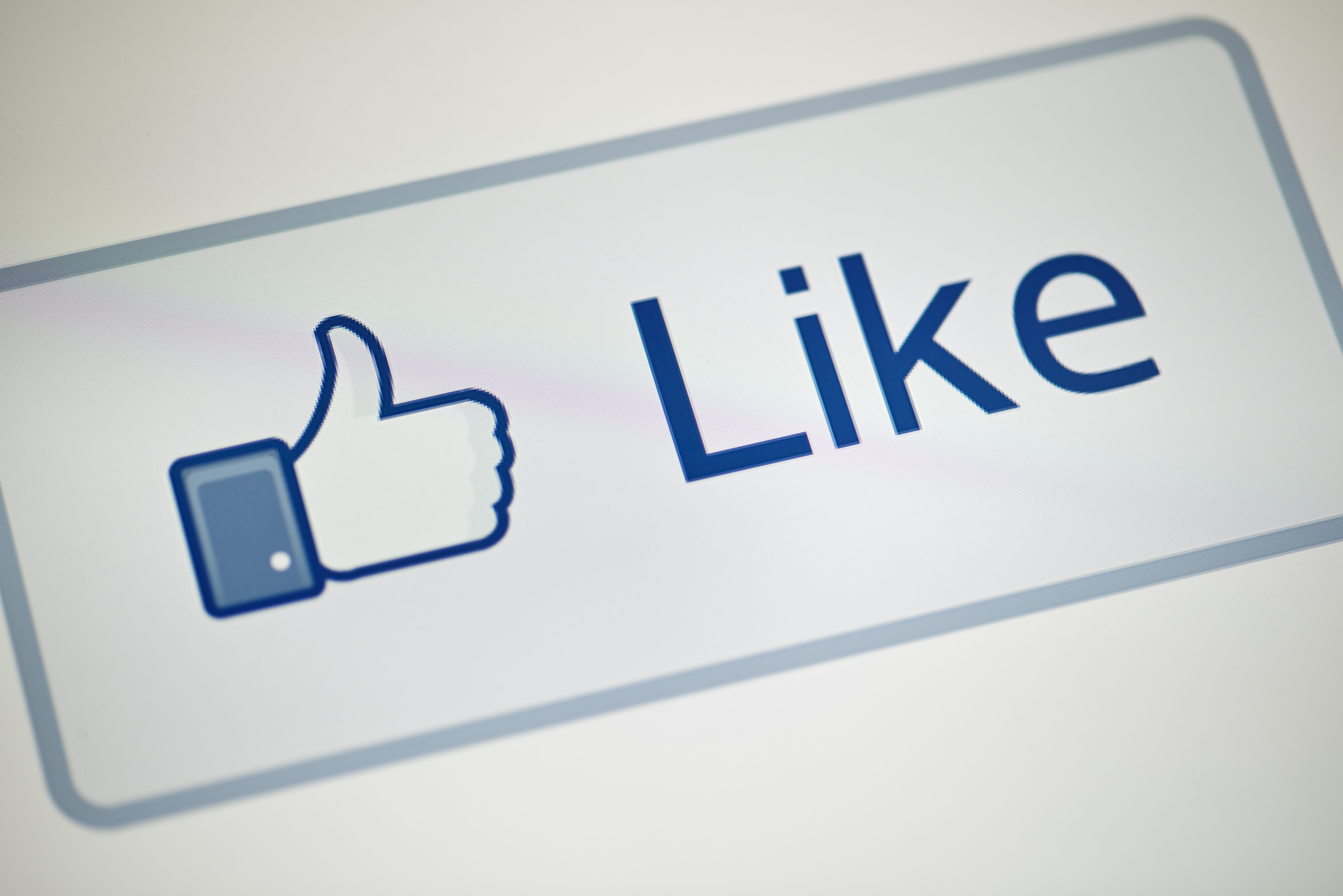 How The Facebook Like Button Has Changed Through The Years