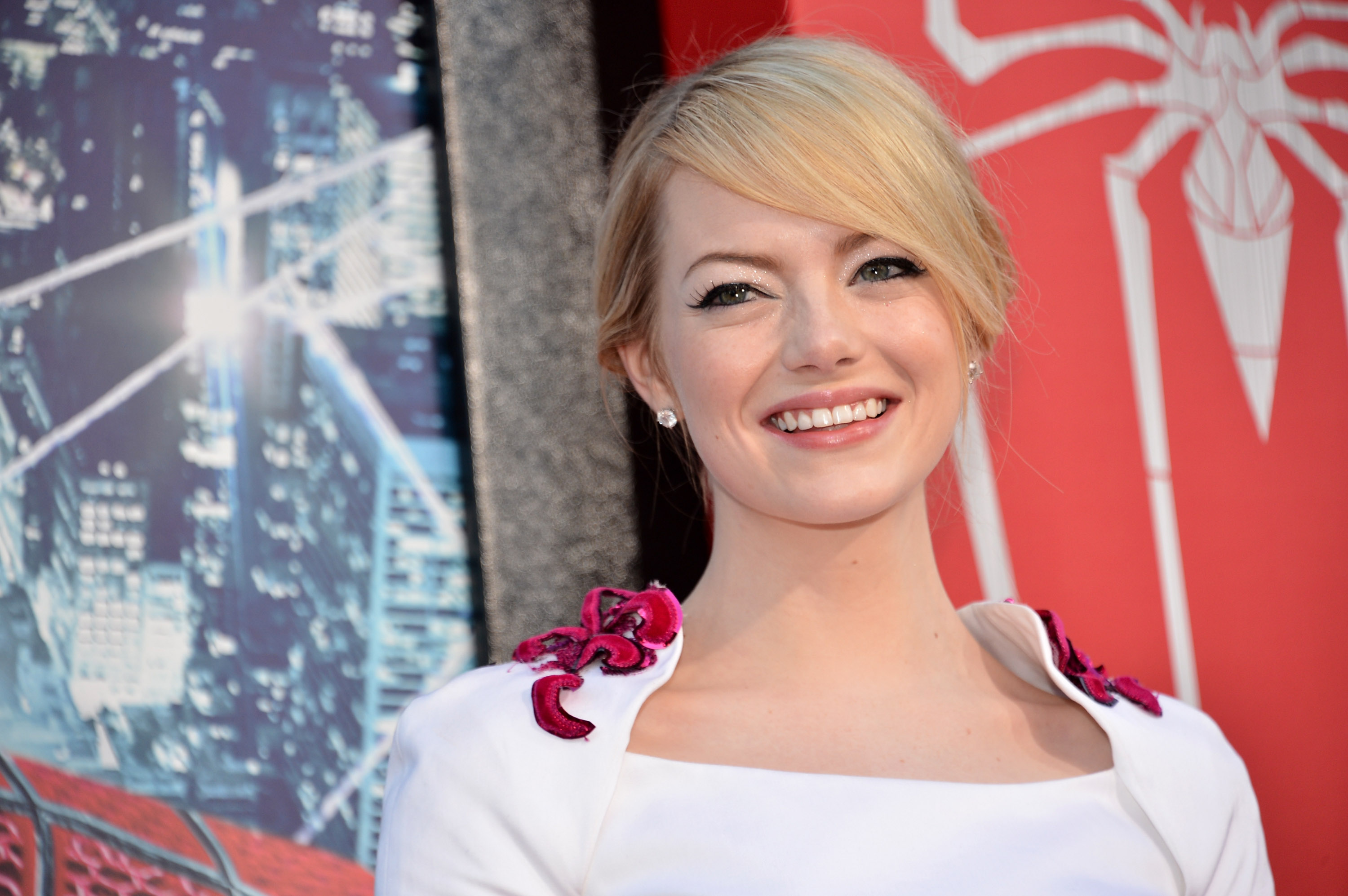 15 Thoughts You Have When Making A Drastic Hair Change Because It S Thin Line Between Emma Stone And Carrot Top