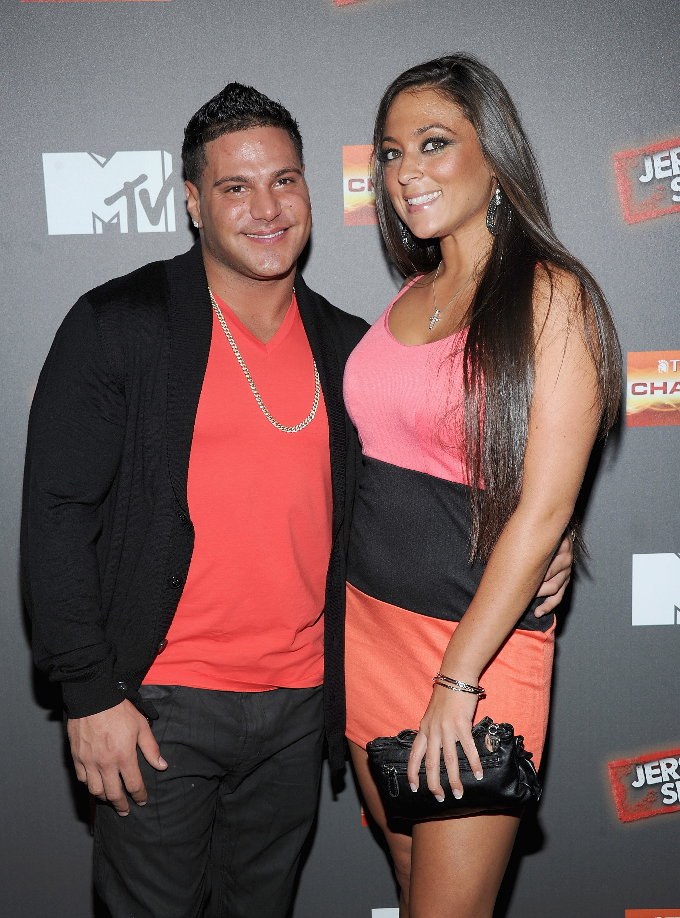 Are sammi and ronnie from jersey shore still dating