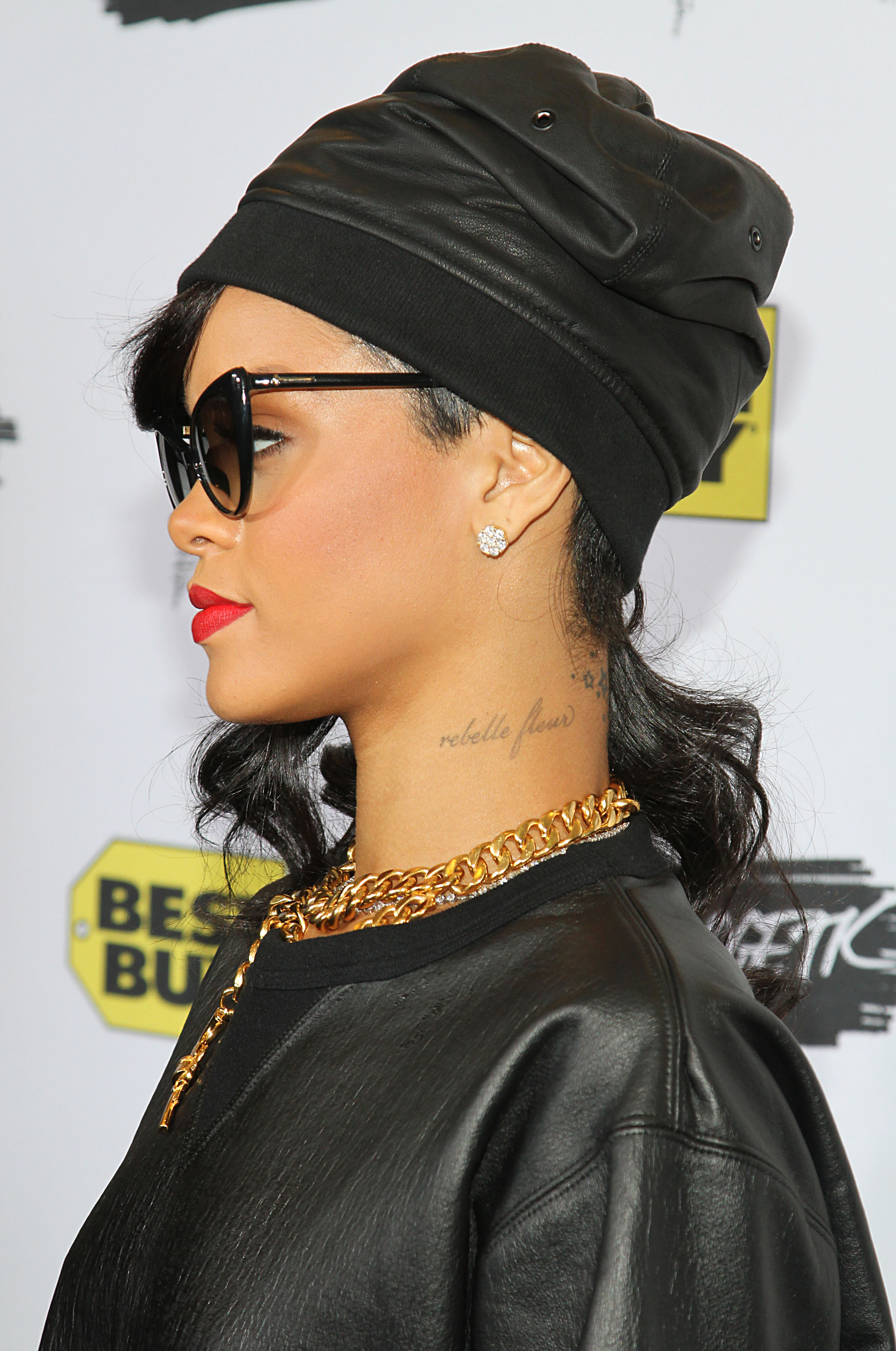 How Many Tattoos Does Rihanna Have Heres Your Complete -1024