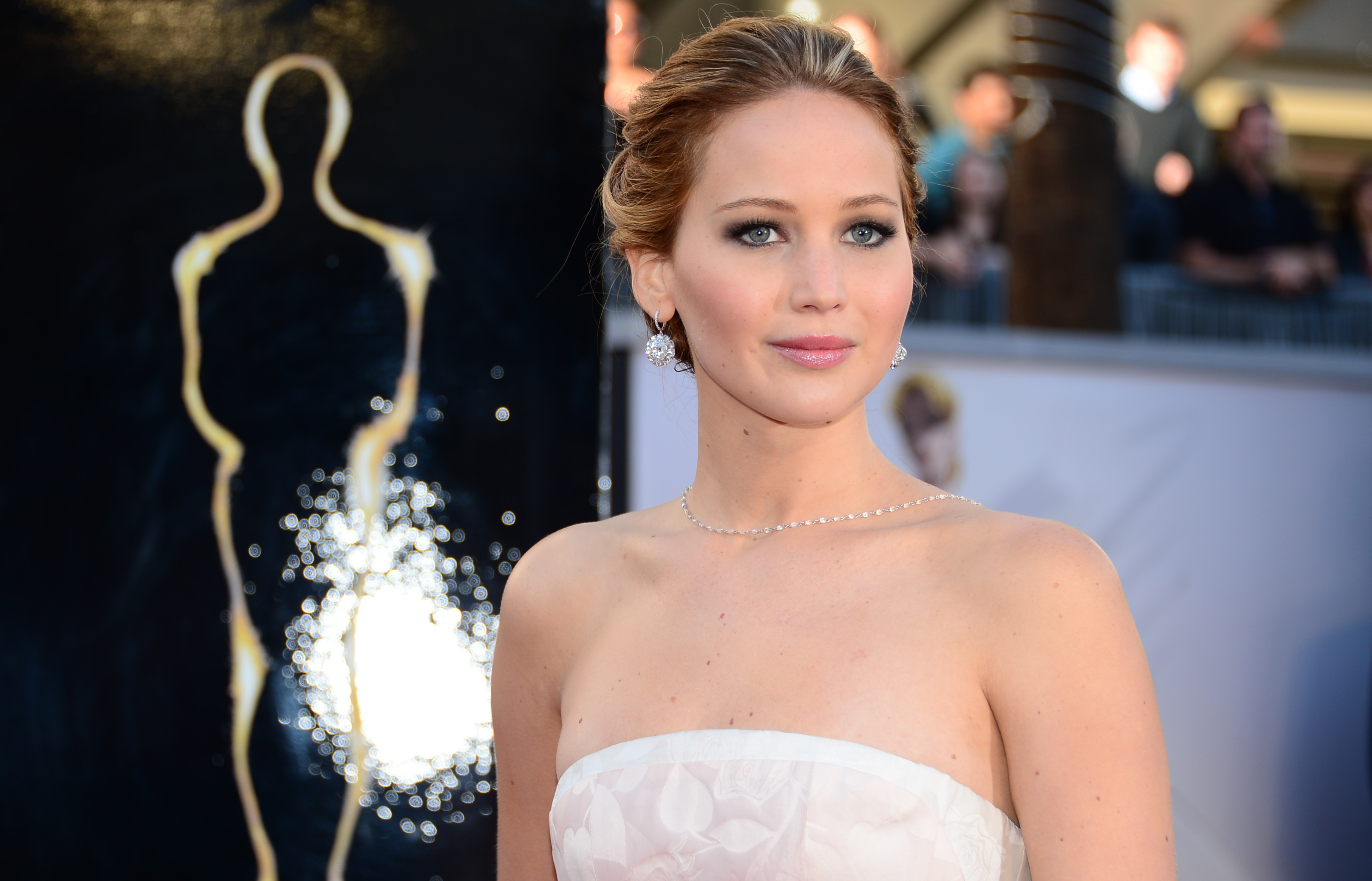 Watch Jennifer Lawrence's Dior Contract Has Reportedly Been Renewed For Three More Years (and Millions ofDollars) video
