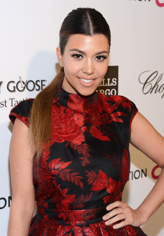 Kourtney Kardashian's No-Makeup Selfie Proves That The ...