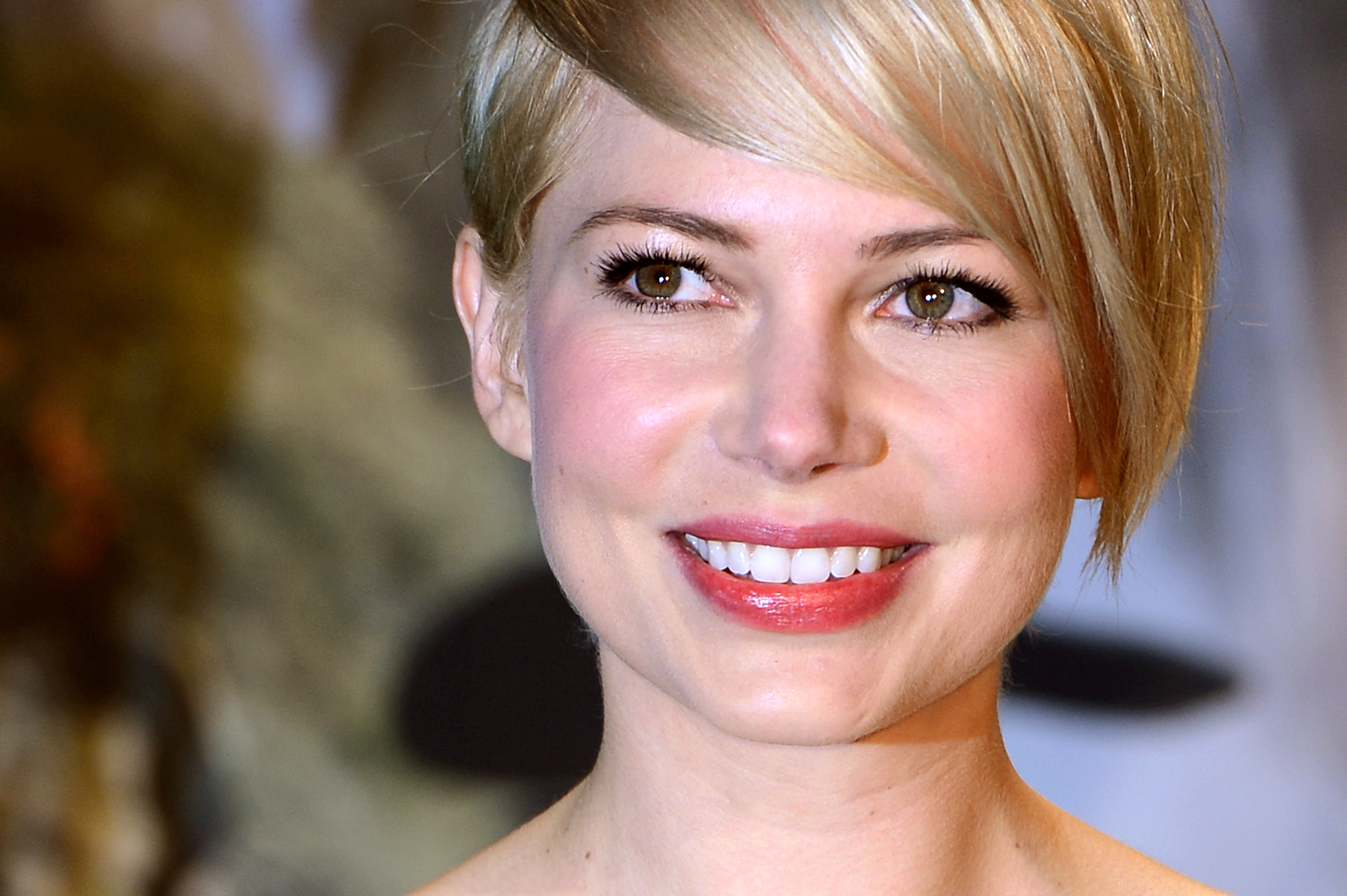 5622a4141b3a Michelle Williams Snags Louis Vuitton for Her First Major Fashion Campaign
