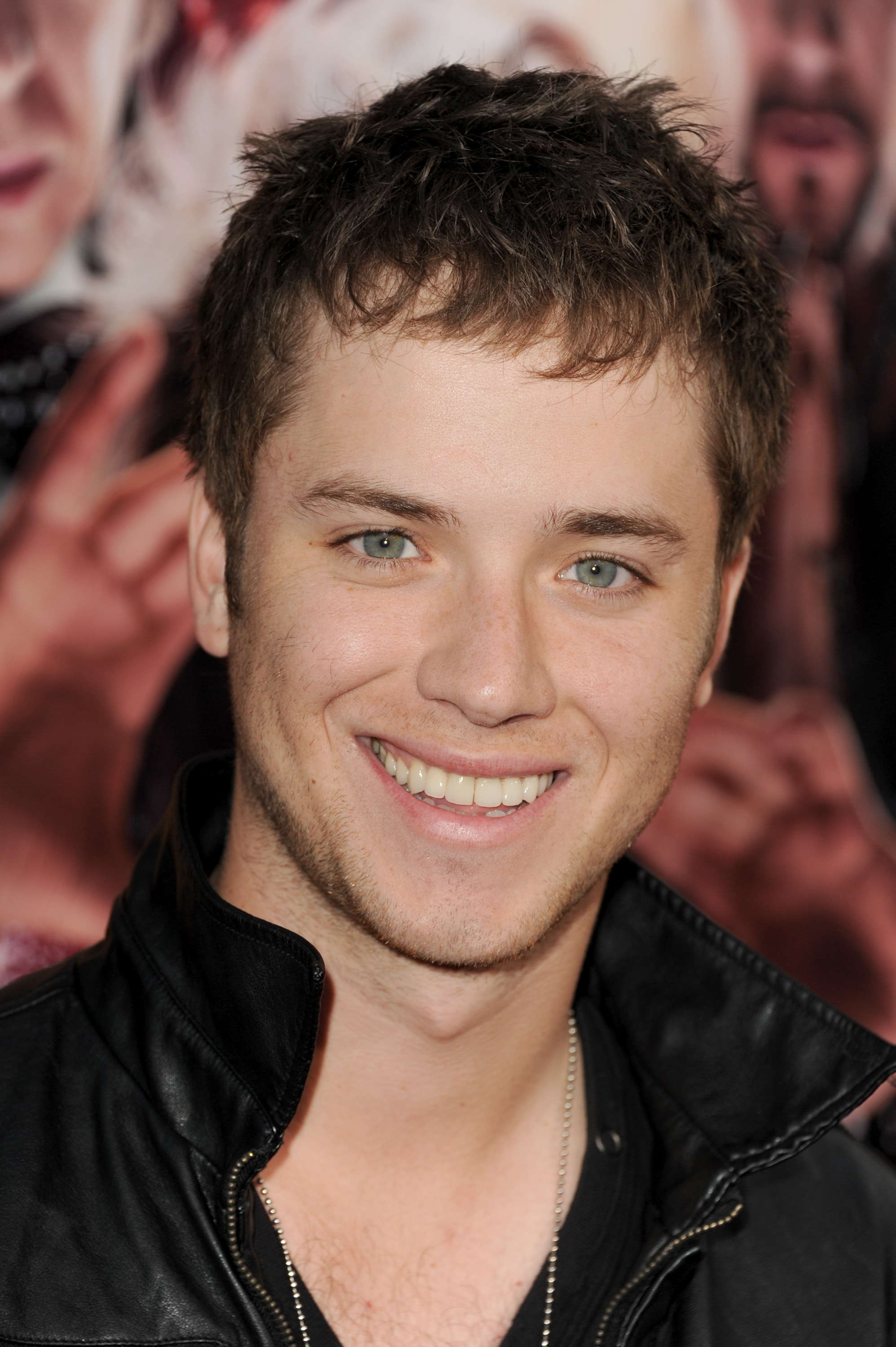 Aimee Teegarden And Jeremy Sumpter 16624 Movieweb
