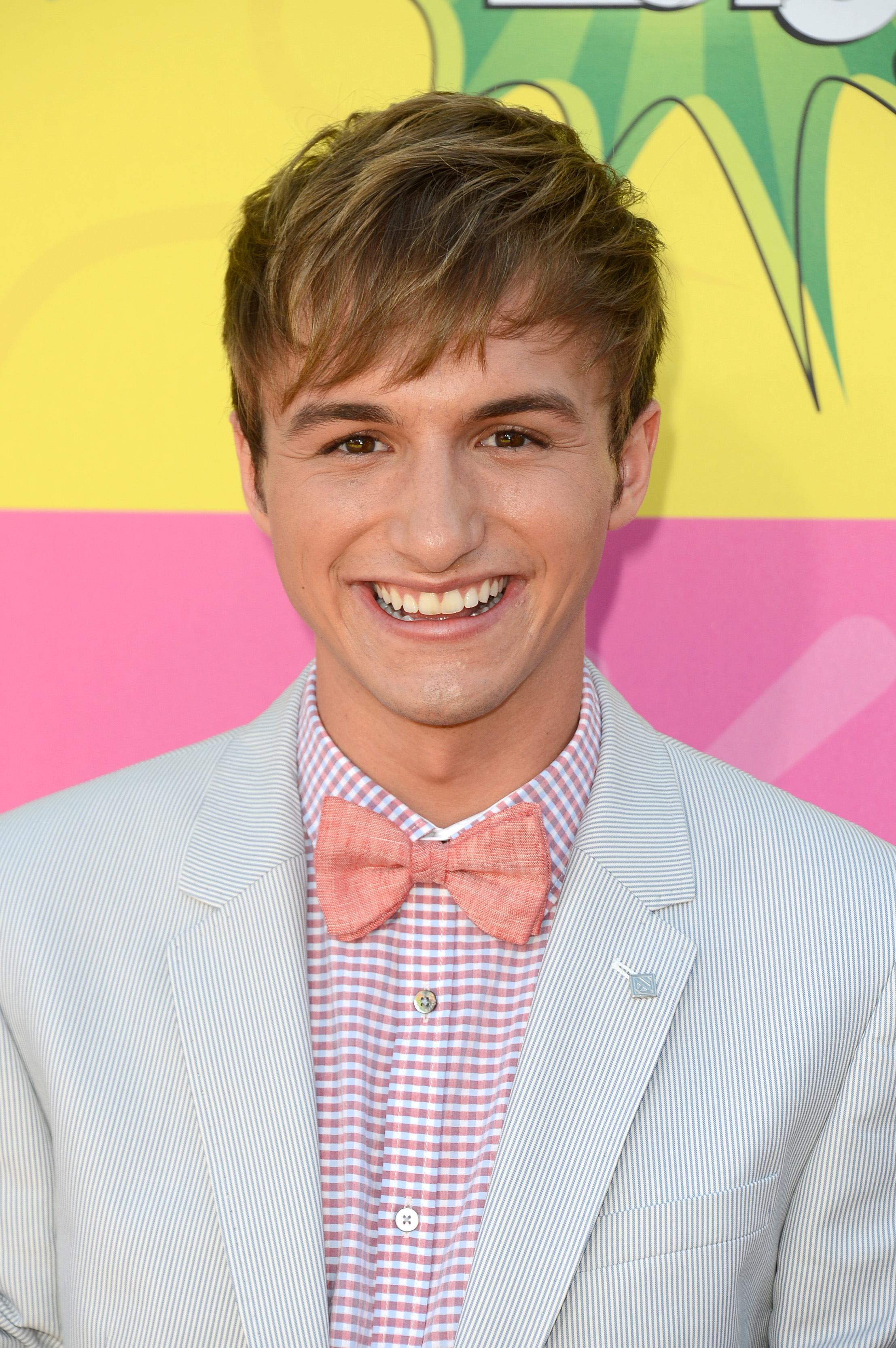 Nickelodeon's 'Fred' Star Lucas Cruikshank Comes Out as ...
