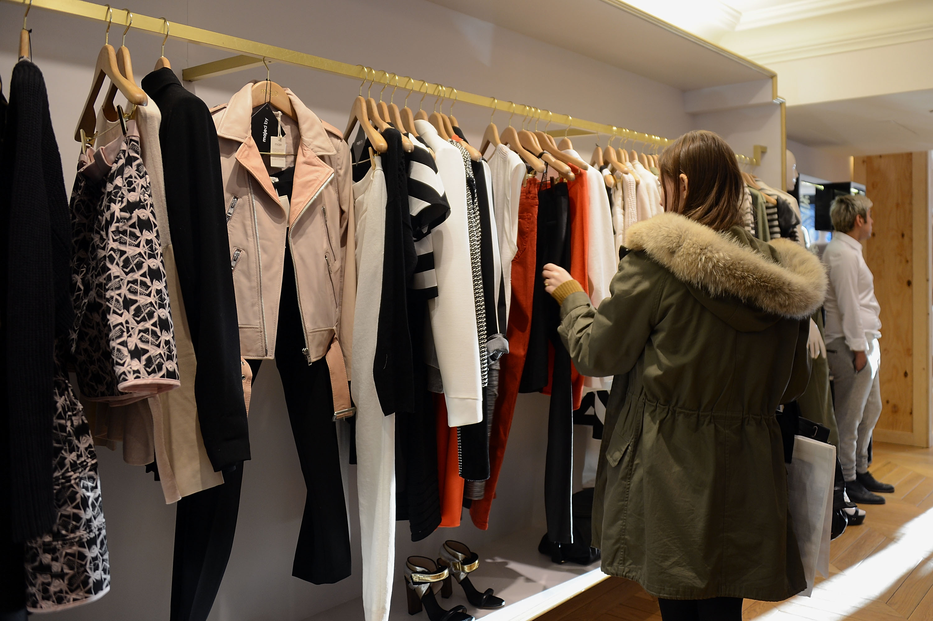 e70c8f79deda Why Do Women Like To Shop More Than Men? Stereotype or Not, Researchers  Have Their Theories