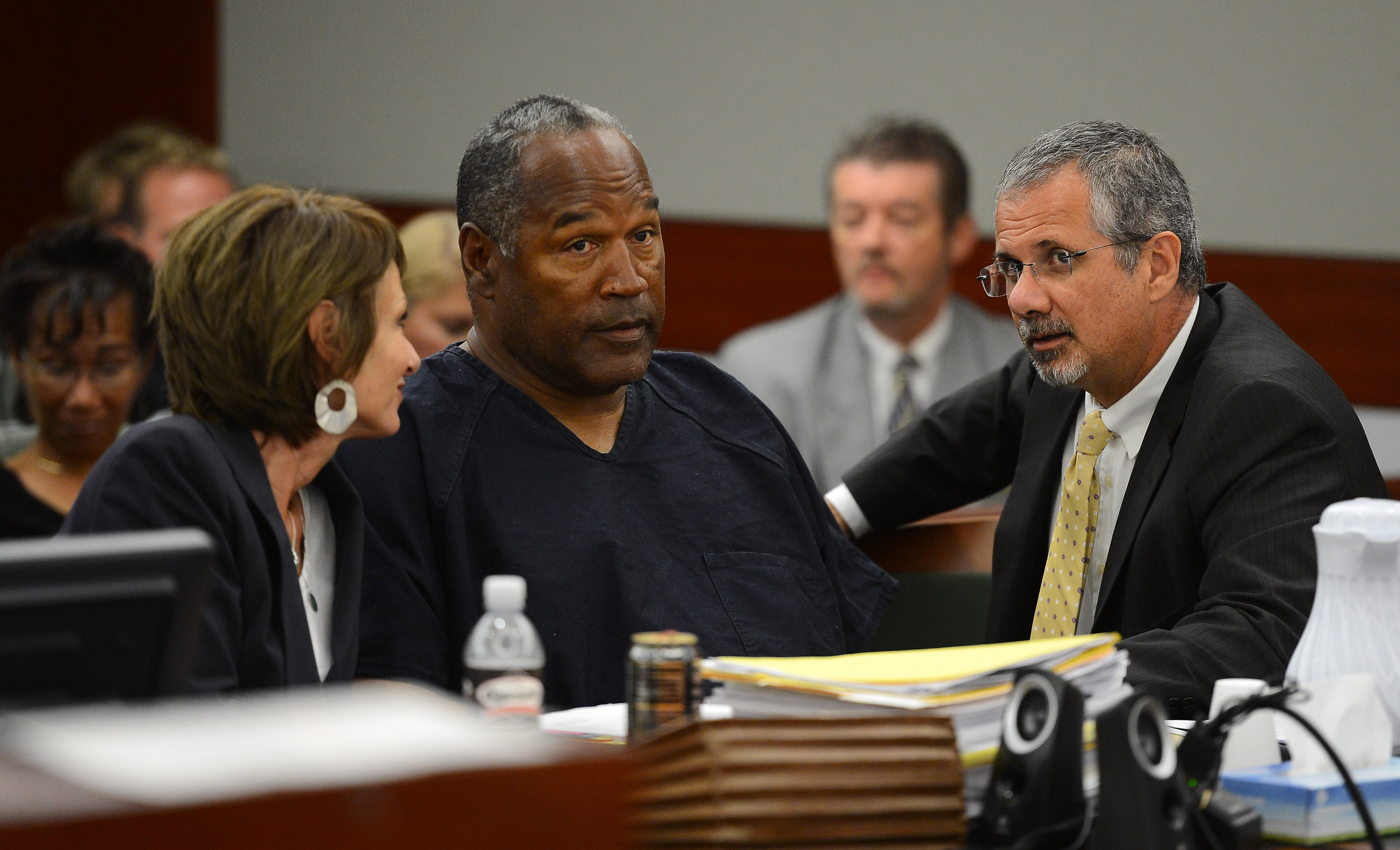 If OJ Simpson Got Arrested For Armed Robbery, Here's How it Happened