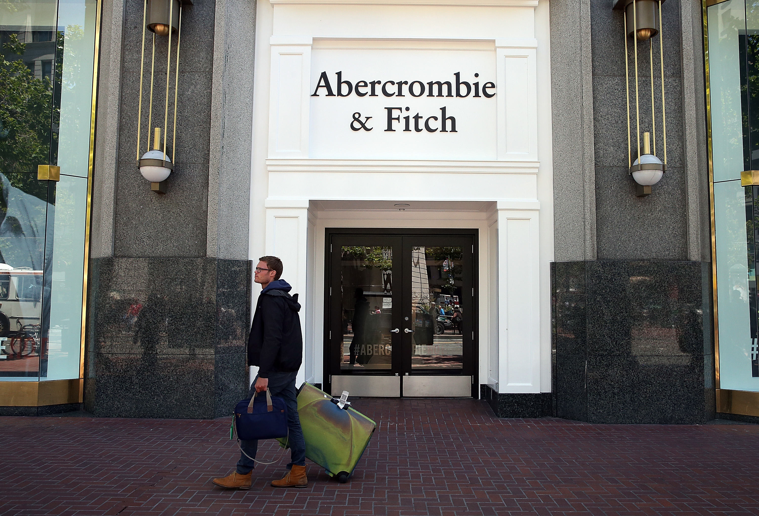 retail field study abercrombie fitch And while his achievements in the field of drama consider the tragedy of abercrombie & fitch retail how abercrombie & fitch is bringing unsexy back.