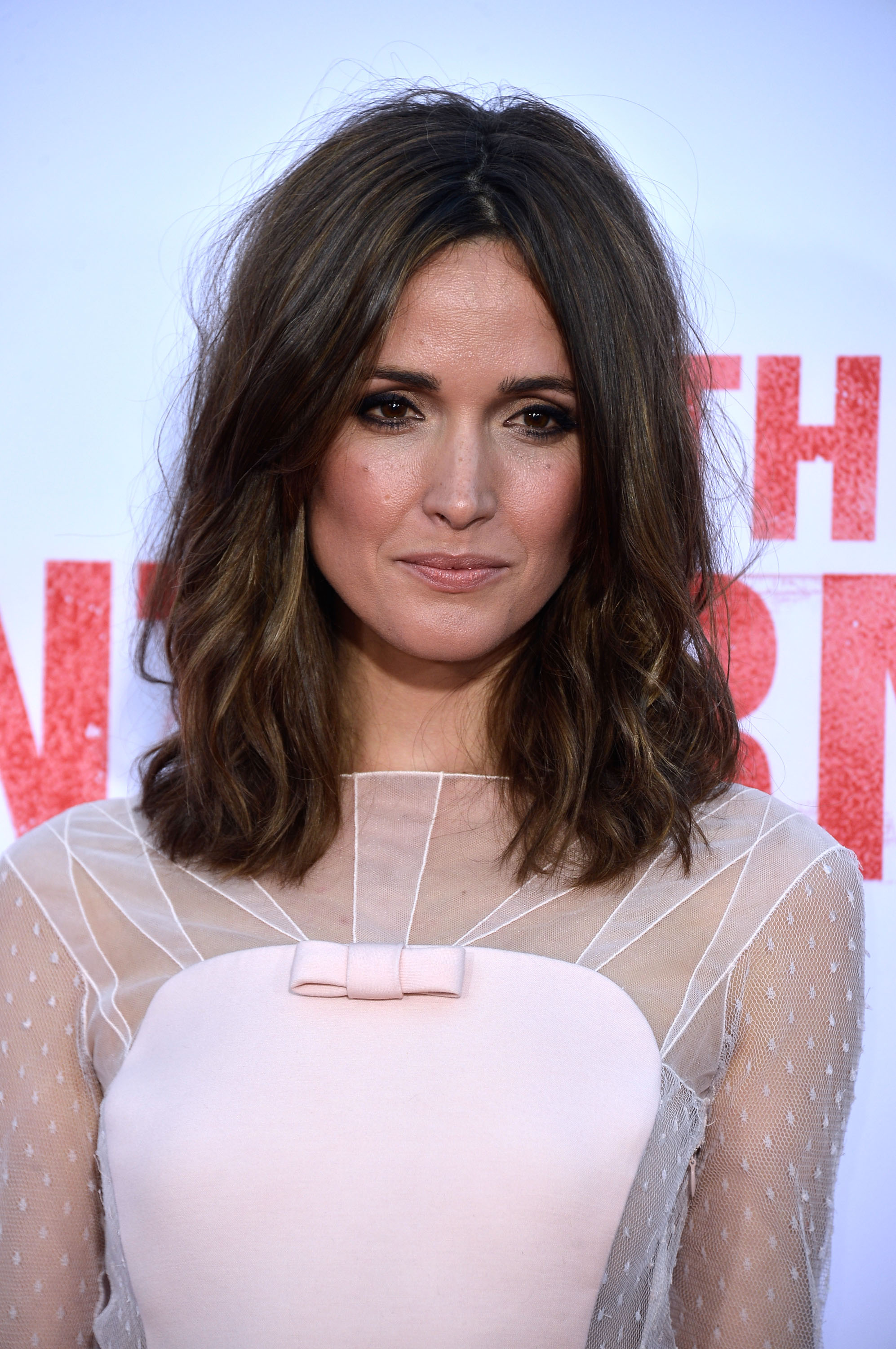 Rose Byrne, Singer of R-Rated Songs, In Talks For 'Annie ...