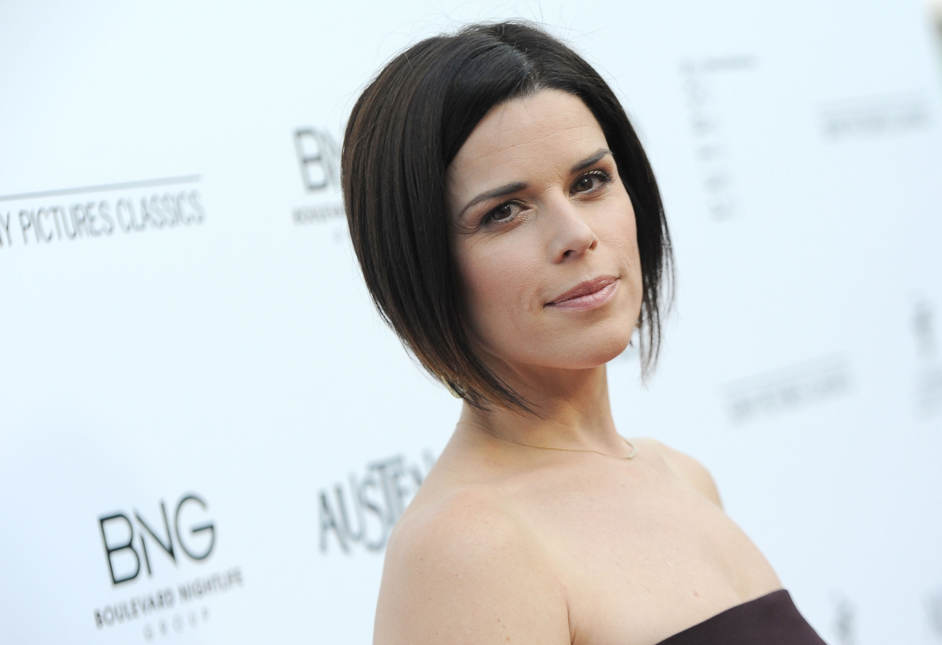 Communication on this topic: Alexandrine Latendresse, neve-campbell/