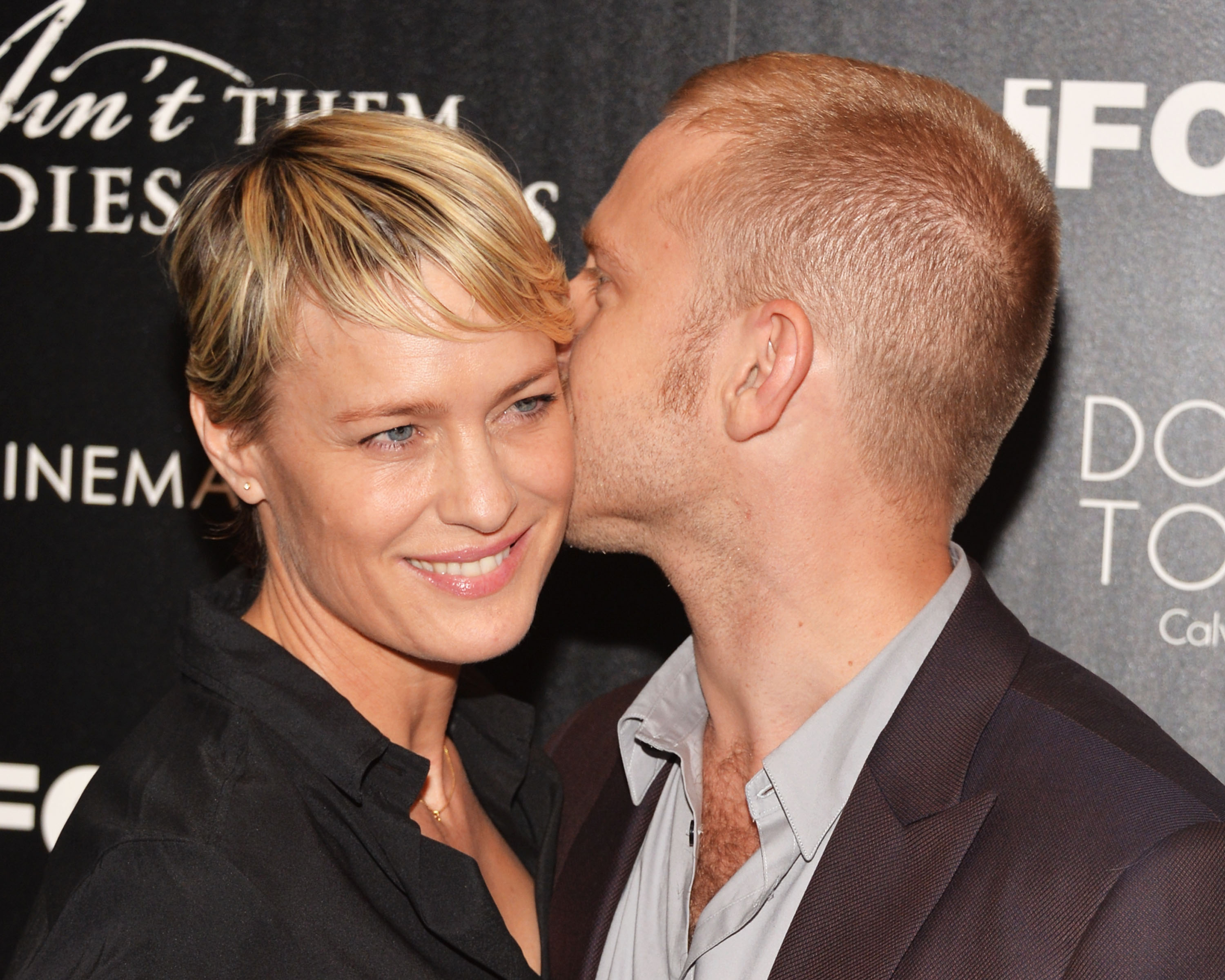 House Of Cards Star Robin Wright And Ben Foster Engaged Headed For