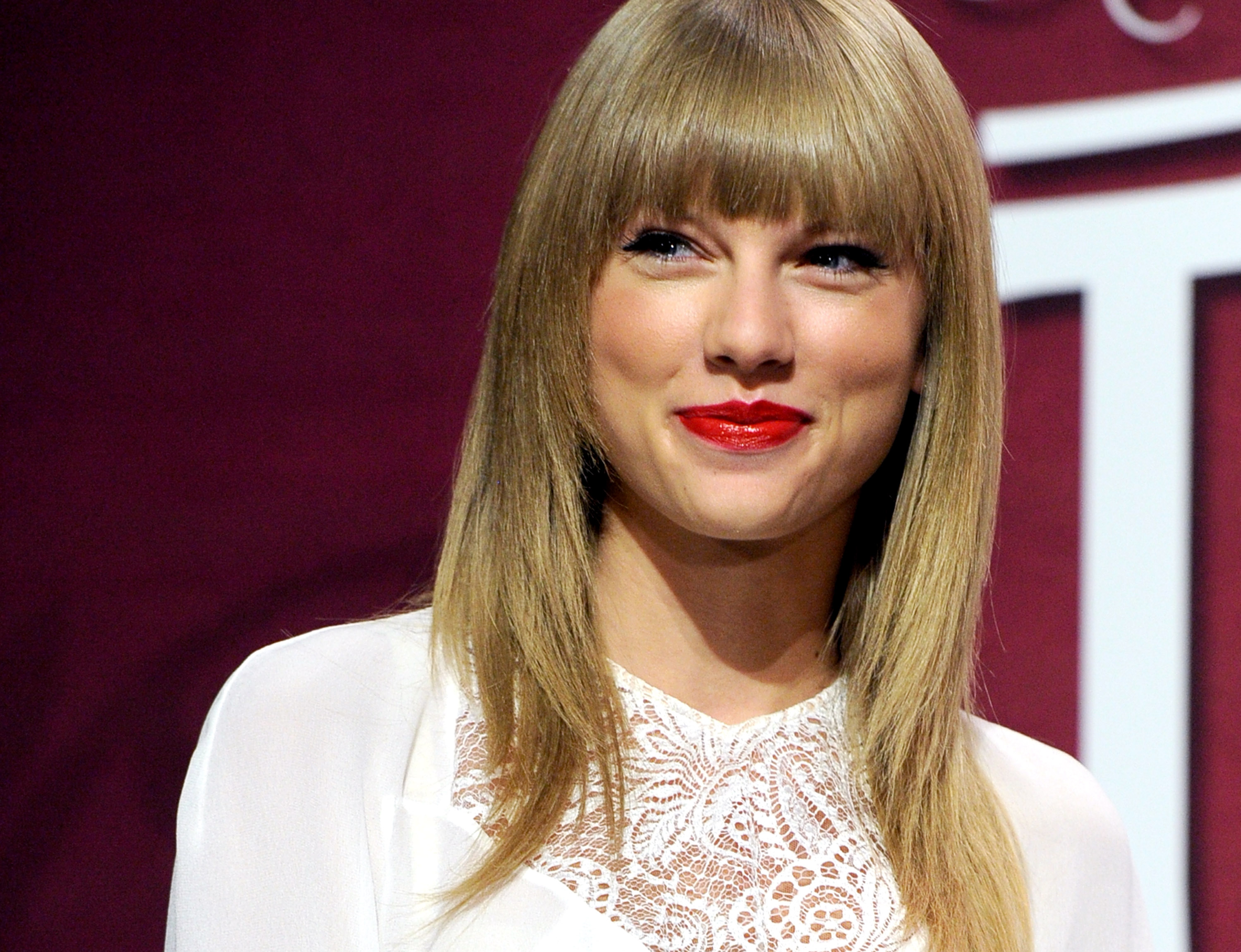 Taylor Swift Cast in 'The Giver' With Meryl Streep & No One's More