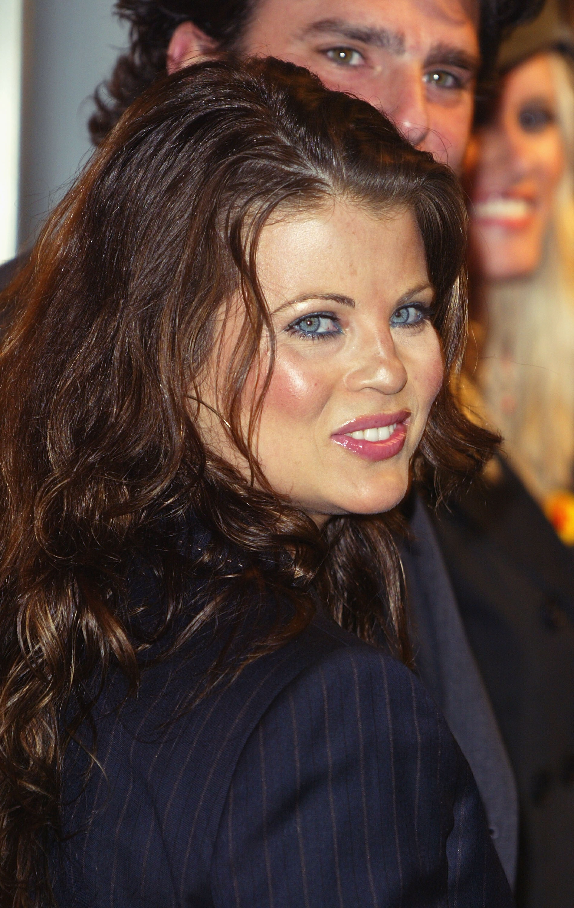 Yasmine Bleeth Nude Photos 17