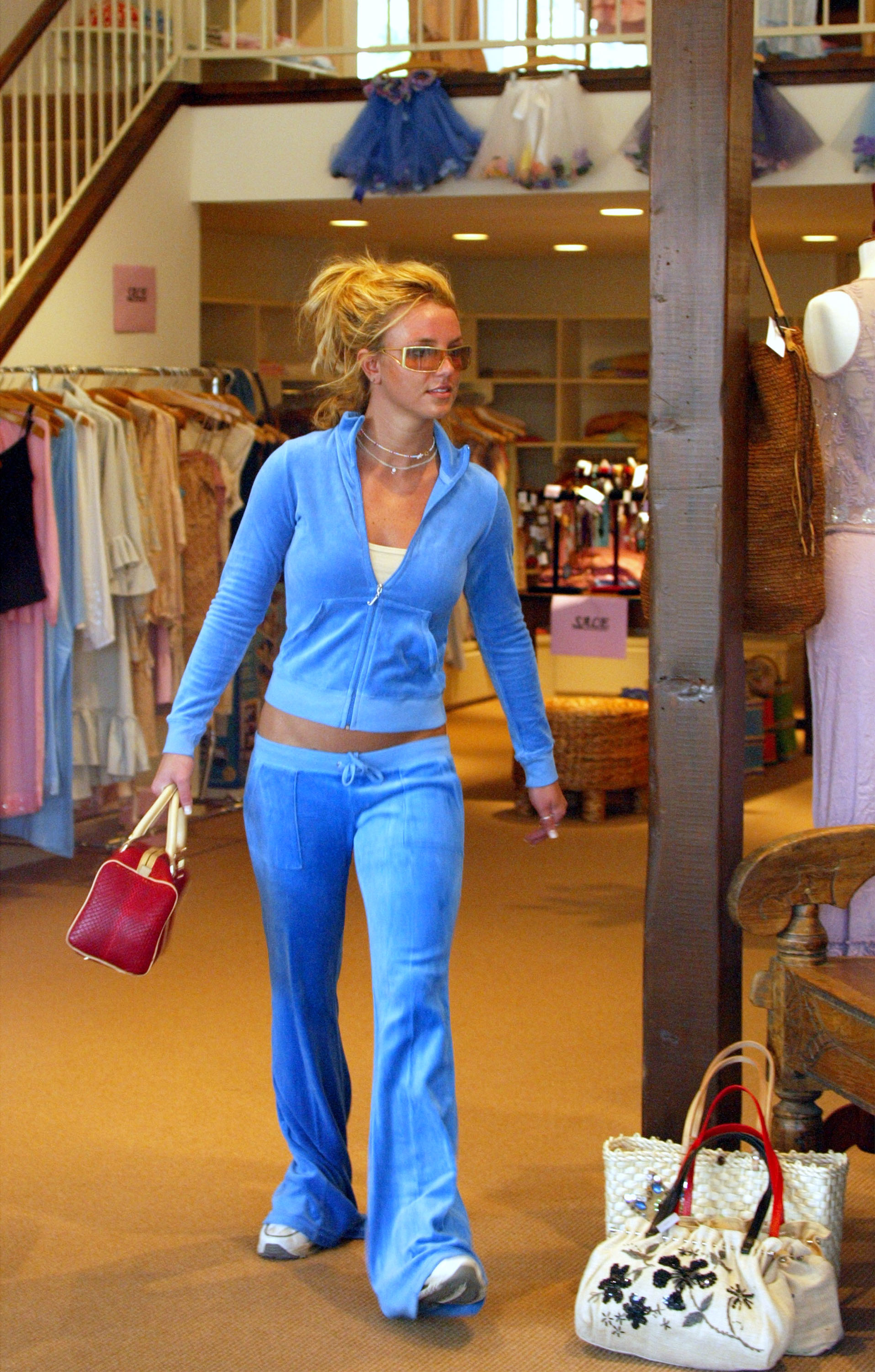 40 Pop Star Outfits That Defined the 2000s, Including