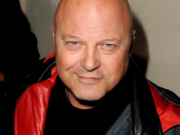 'American Horror Story' Casts Michael Chiklis Who Knows a ...
