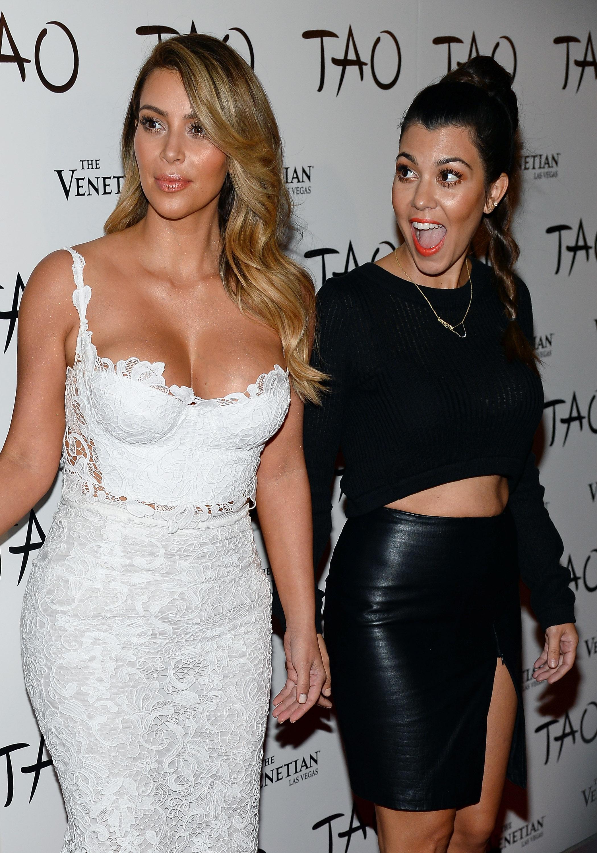 Paparazzi Kourtney Kardashian naked (89 photo), Pussy, Sideboobs, Selfie, cameltoe 2015