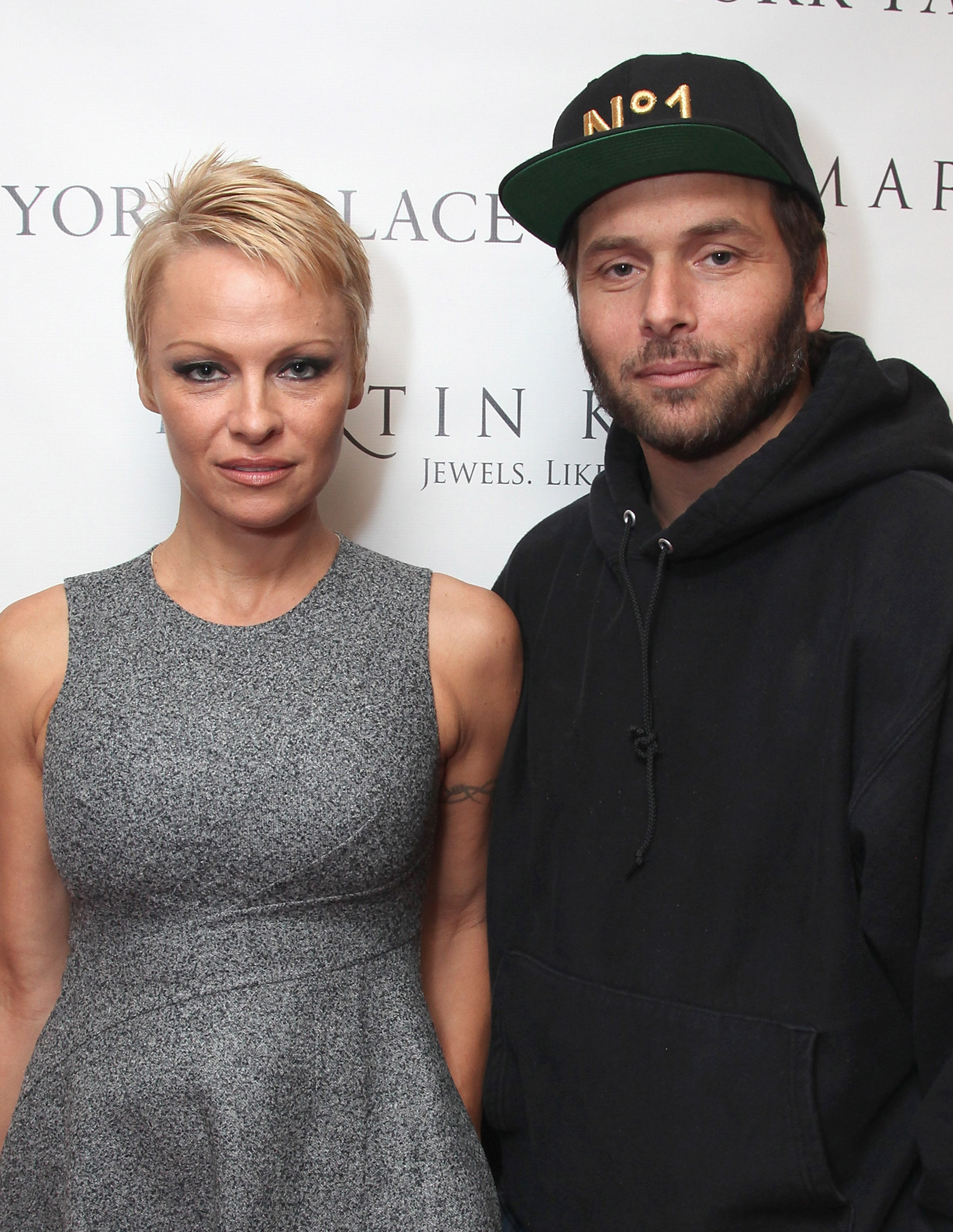 Pamela Anderson & Rick Salomon are Getting a Divorce Because It\'s ...