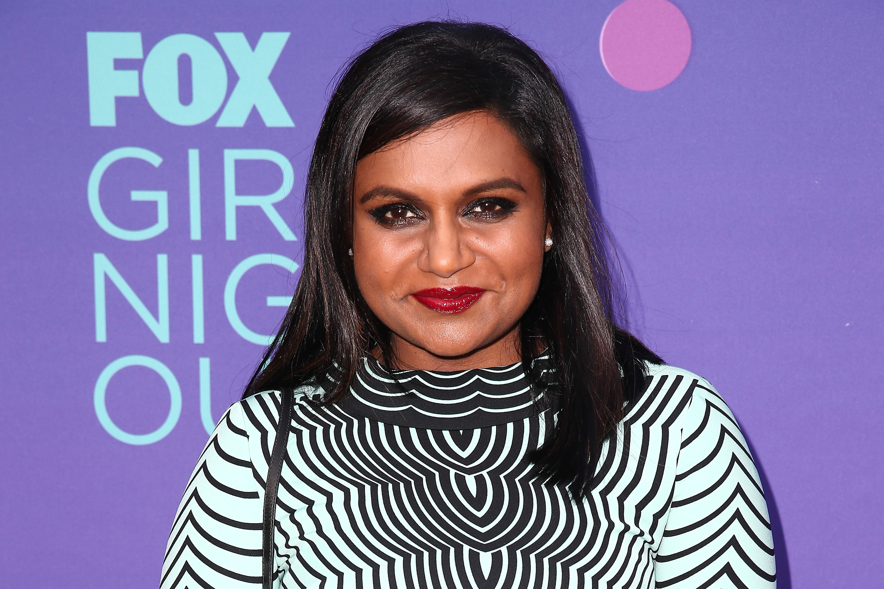 10 Of Mindy Kaling S Best Dressed Moments In Honor Of The Season 3 Premiere Of The Mindy Project