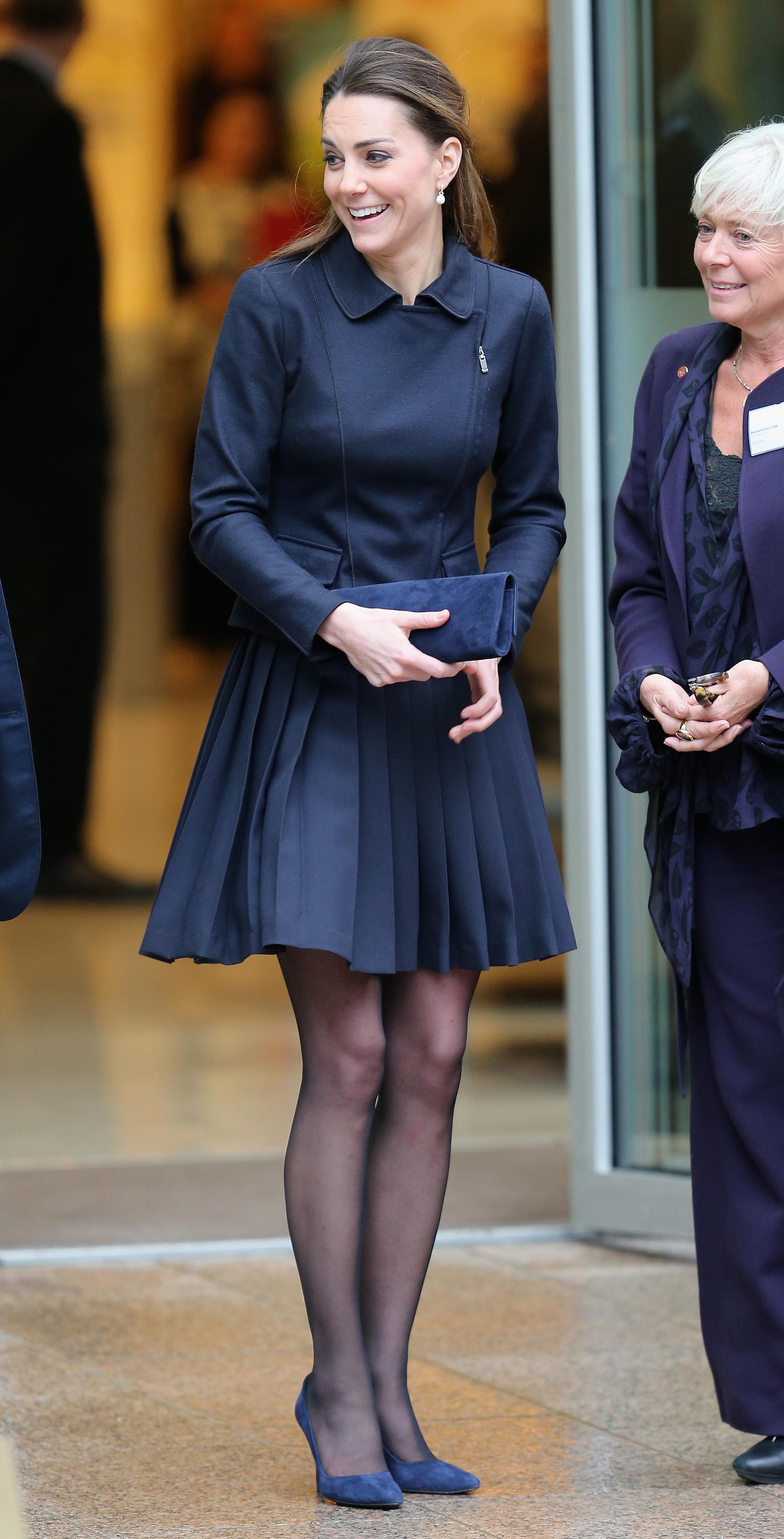 Kate Middleton Wears A Pleated Skirt Has A Marilyn Monroe